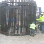 Anchor cage closing