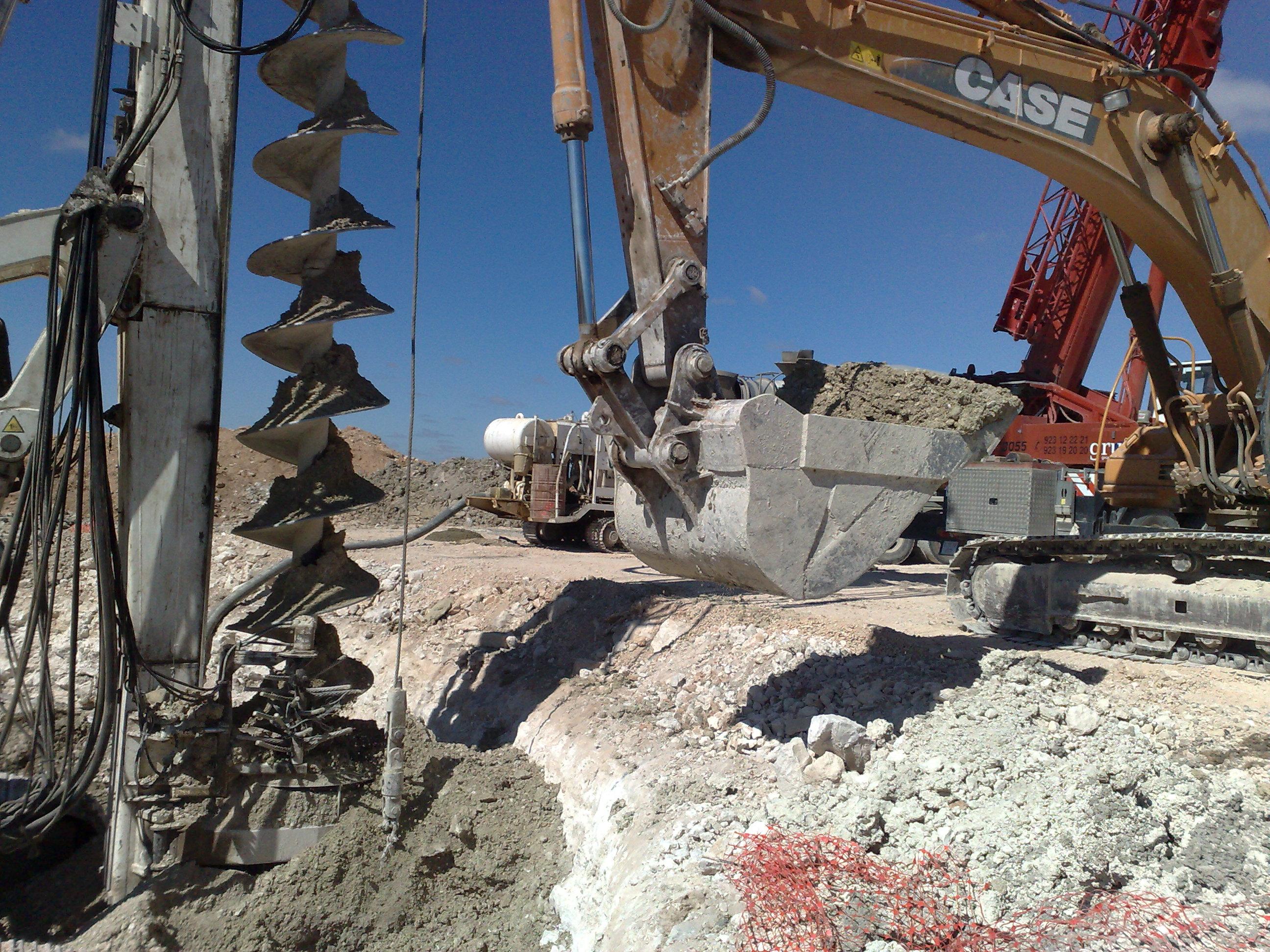 Wind turbine foundation piling machine drilling | Wind farms